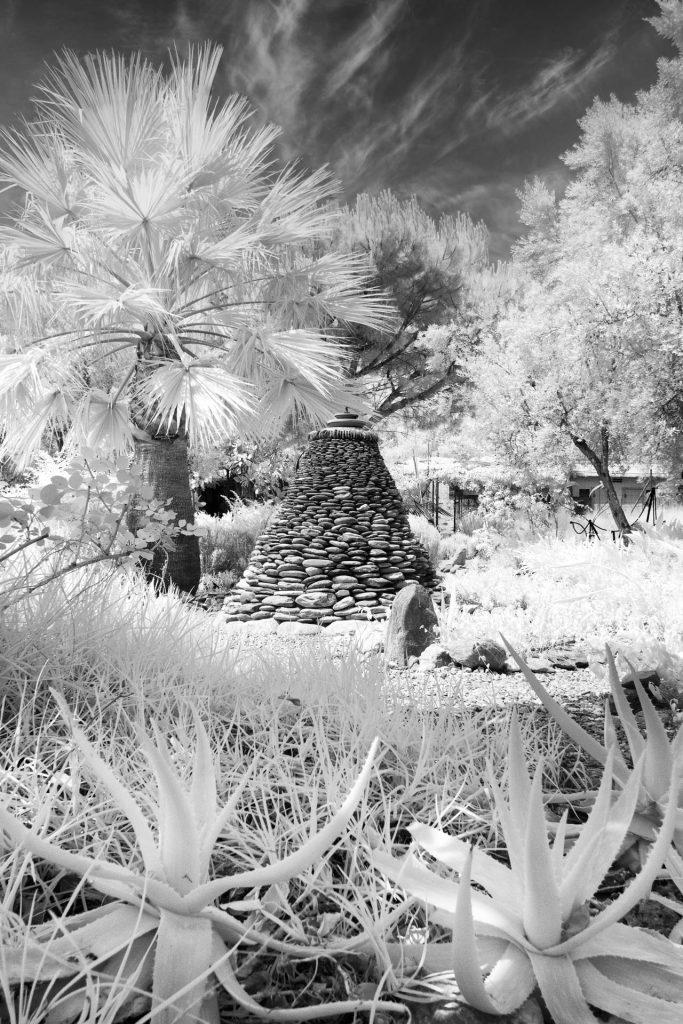 Cairn Orgiva Tea Garden